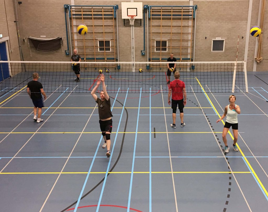 volleybal toernooi Coming-out-day